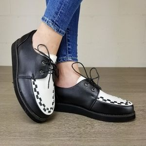 Shoes - Black & White Creeper Sneaker with Black Sole -Q